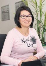 Frau Anett Kummer